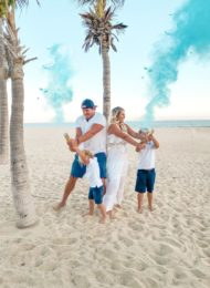 It's a Boy! A Beachy Family Gender Reveal for Baby Callahan